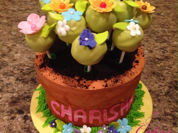 Flowerpot cake with cake pops